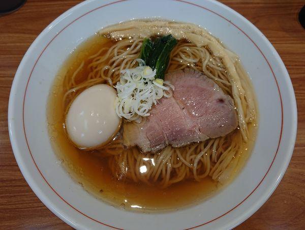 「白だし醤油ら~麺(ライ麦入りストレート麺)+味玉」@ら~麺 安至の写真