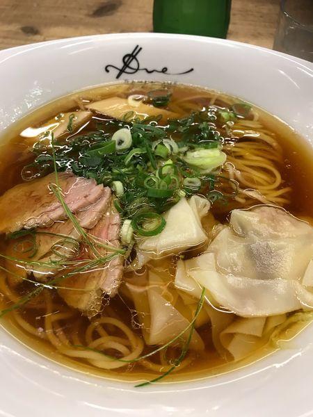 「醤油らぁ麺〜小豆島のオリーブオイルの香り〜」@Ramen ドゥエ Edo Japanの写真