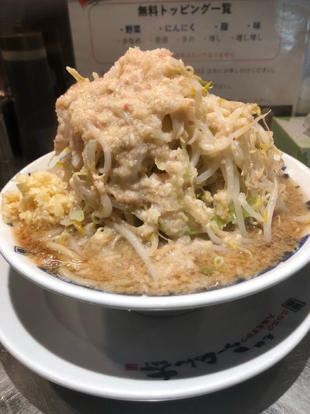 「ラーメン並、野菜、にんにく、アブラ増し」@らーめん大 竹ノ塚店の写真