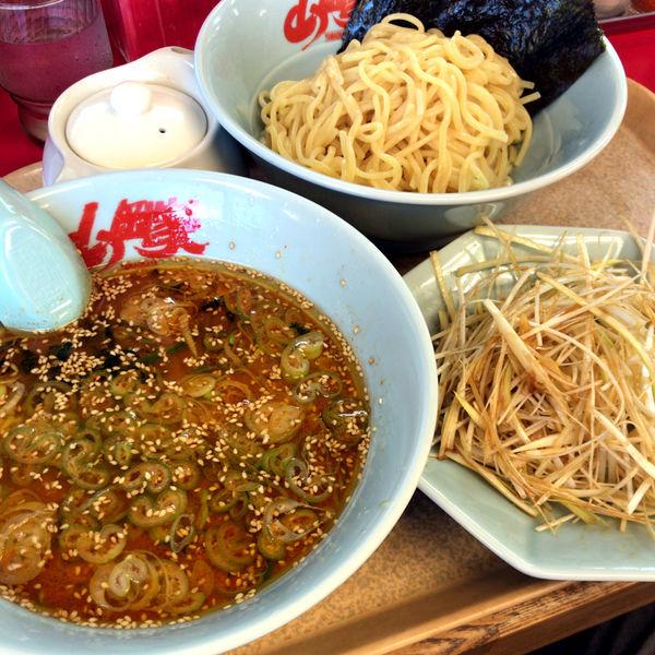 「辛味噌つけ麺 840円 ネギ和え 160円」@ラーメン山岡家 大泉店の写真
