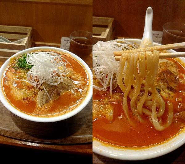 「『ハバネロチリトマト麺+大盛(¥950+100)』」@家族のらーめん食堂 はないち 春日町店の写真