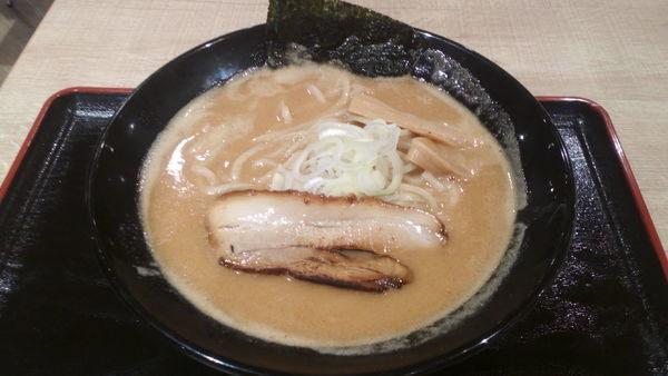 「濃厚魚介らーめん(780円)」@豚骨一燈 イトーヨーカドー船橋店の写真