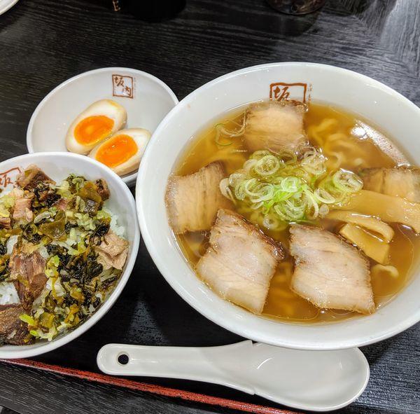 「高菜焼豚ご飯セット 980円」@喜多方ラーメン坂内 小法師 汐留シティセンター店の写真