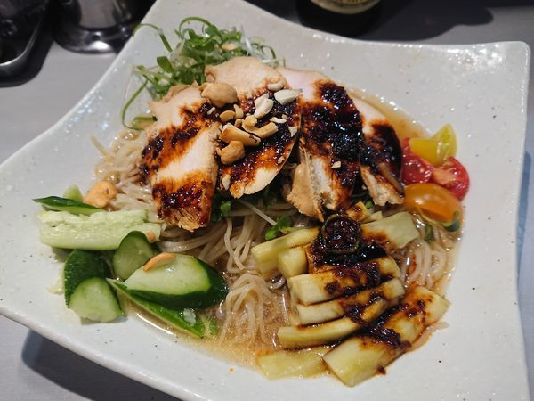 「【限定】蒸し茄子とよだれ鶏の冷やし中華850円+他」@中華蕎麦 瑞山(ZUIZAN)の写真