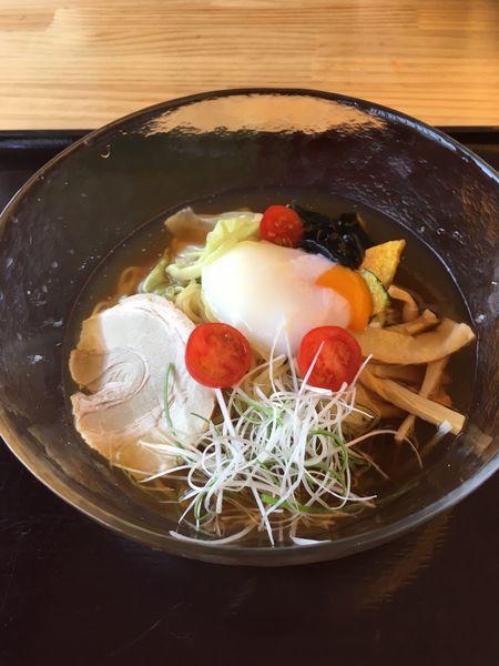 「温玉のせ極み冷やしラーメン(650円)」@レストランゆま~るの写真