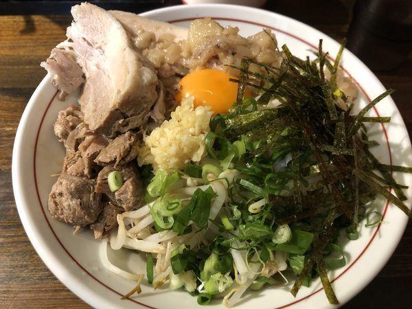 「特・肉油そば」@熊谷肉飯店の写真