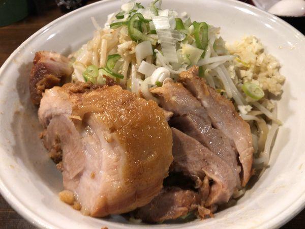 「油そば(醤油)+豚券」@ちばから 渋谷道玄坂店の写真