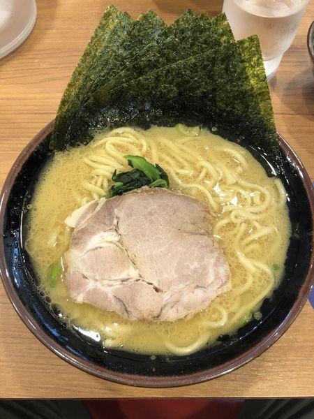 「ラーメン」@横浜家系ラーメン まくり家 川崎店の写真