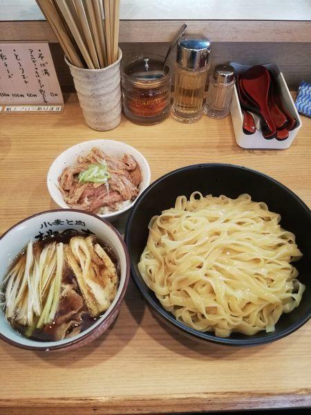 「つけ麺醤油とテール丼セット 1000円」@小麦と肉 桃の木の写真