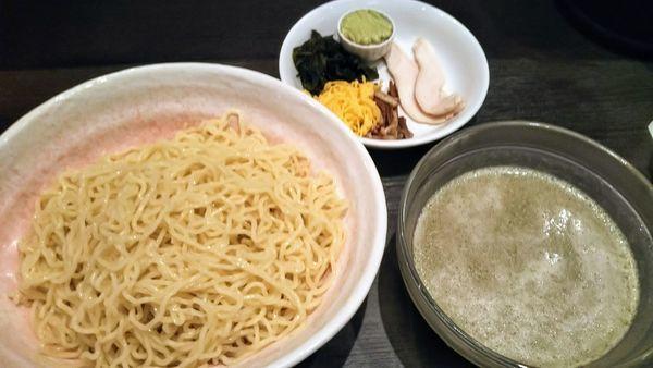 「青紫蘇冷やしつけ麺」@ラーメン大至の写真