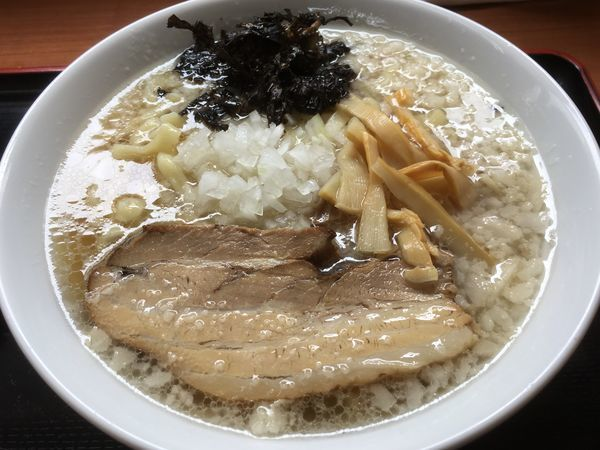 「背脂煮干」@肉煮干中華そば 鈴木ラーメン店の写真
