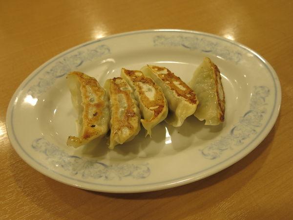 「焼き餃子:200円」@よつ家 竹ノ塚店の写真