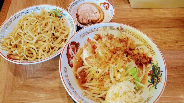「つけ麺(ニンニクマシマシ・アレ)」@ラーメン豚山 元住吉店の写真