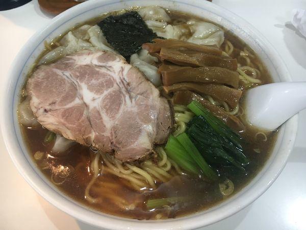 「ワンタン麺」@中華そば 丸信の写真