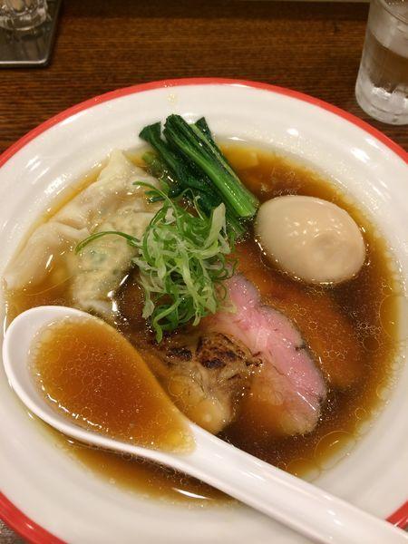 「得製醤油そば950円」@鶏そば 志いなの写真
