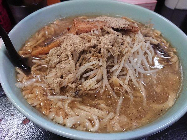 「大  豚骨醤油」@自家製太麺 ドカ盛 マッチョ 三ノ宮店の写真