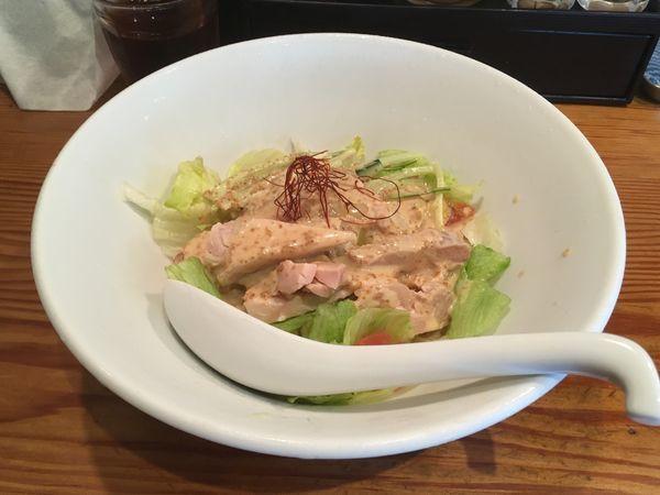 「ピリ辛棒棒鶏涼麺~ゴマ醤油仕立て~」@らぁ麺屋 つなぎの写真