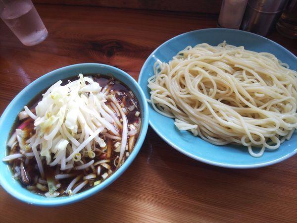 「つけそば並+野菜+餃子(小)」@つけそば 麺吉の写真