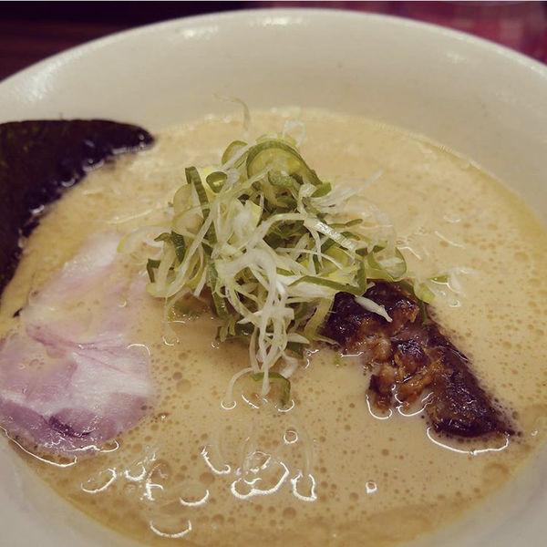 「豚鶏節ラーメン」@らーめん 会 神戸本店の写真