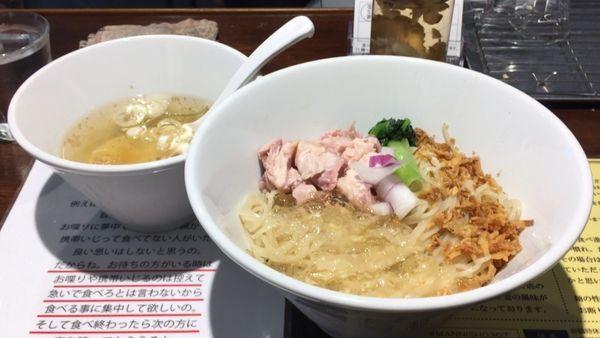 「冷やし塩生姜油そば」@塩生姜らー麺専門店MANNISHの写真