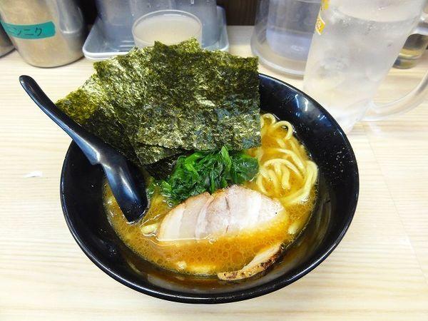 「ラーメン 540円 麺硬め チューハイ150円」@せい家 十条店の写真