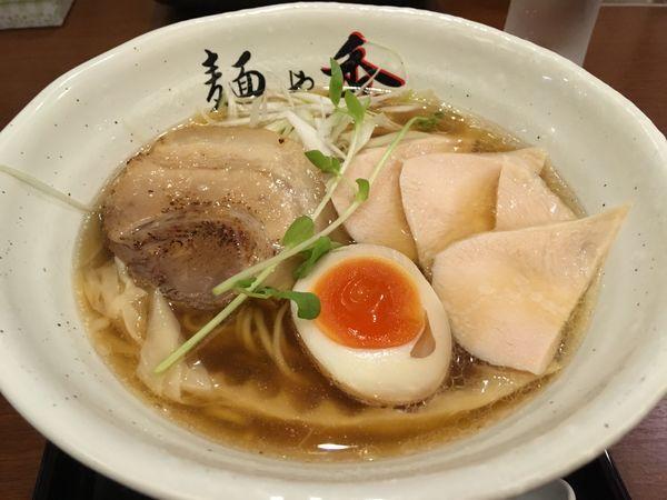 「純鶏ラーメン醤油」@麺や秀の写真