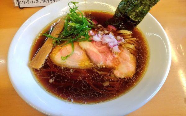 「醤油ラーメン・細麺」@麺屋 でこぼこの写真