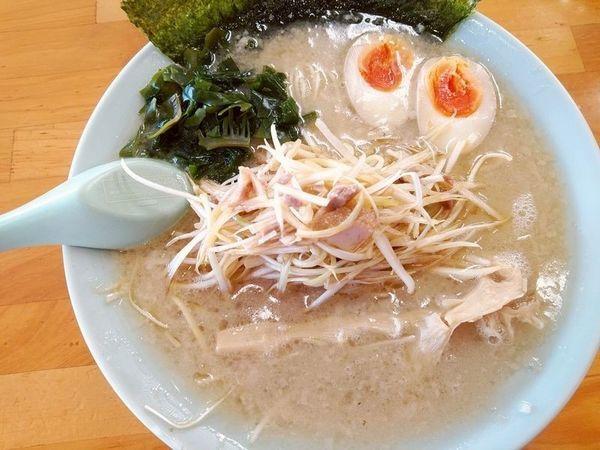 「正油ネギラーメン(こってり)+味付けゆで卵」@ラーメンショップ 足利50号店の写真