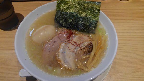 「とんしお、味玉、ライス大」@麺屋 辰巳の写真