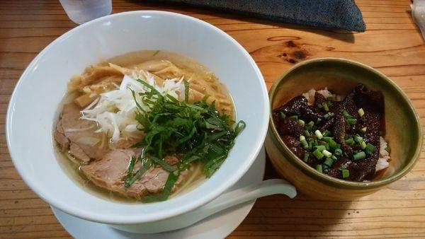 「鶏塩¥700-+鶏皮丼¥300-」@麺蔵 あつおの写真