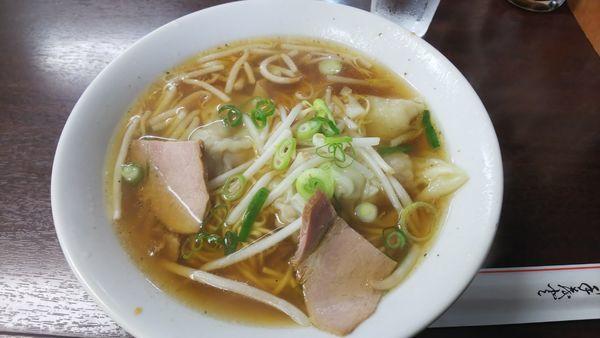 「ワンタン麺 500円」@中華・洋食 マルヤ 浜中店の写真