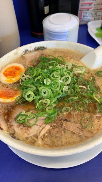 「煮卵ラーメン  醤油 大」@来来亭 周南店の写真