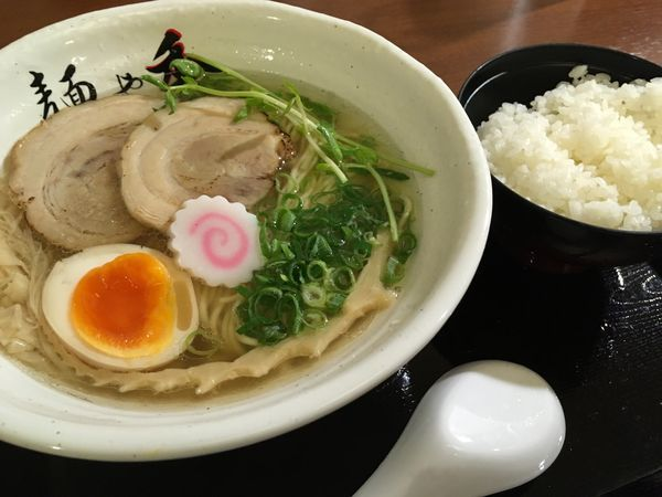 「魚介塩ラーメン」@麺や秀の写真