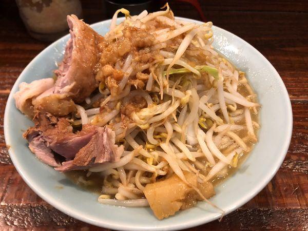 「ラーメン中750円」@立川マシマシの写真