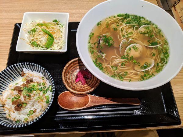 「はまぐりラーメン定食 950円」@伊勢桑名 はまぐり屋 貝縁の写真