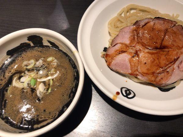 「黒 つけ麺」@麺屋武蔵 武骨相傳の写真
