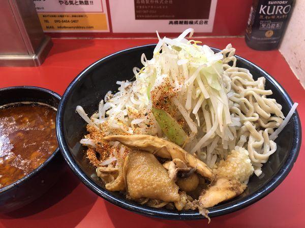 「辛いつけ麺 300g+鶏ほぐし+黒烏龍茶」@麺屋 桐龍の写真