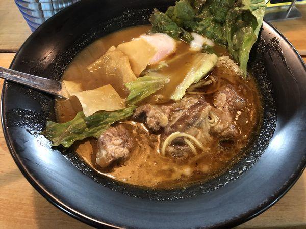 「とろ肉カレーらーめん」@まんねん 梅田本店の写真