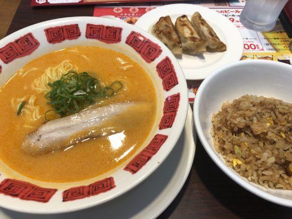 「薫る 濃厚うにラーメン(セット)」@バーミヤン 三鷹駅南口店の写真