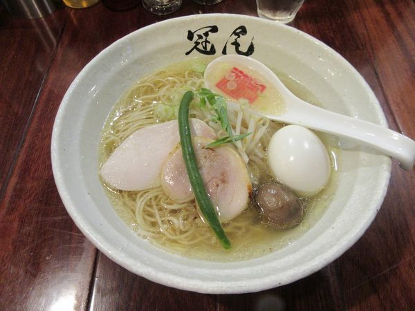 「味玉鶏清湯らぁめん(930円)」@らぁめん冠尾 恵比寿西店の写真