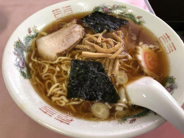 「ラーメンセット(ラーメン+ミニ肉丼+つけもの)@850円」@龍巻軒の写真
