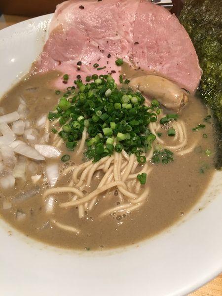「牡蠣煮干しラーメン+替え玉」@麺屋 まほろ芭の写真