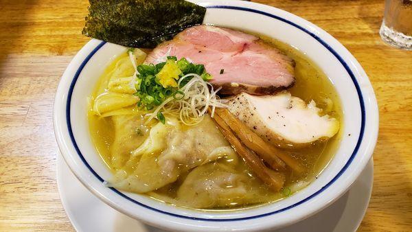 「ワンタン中華そば(塩) 950円」@手打式 超多加水麺 ののくらの写真