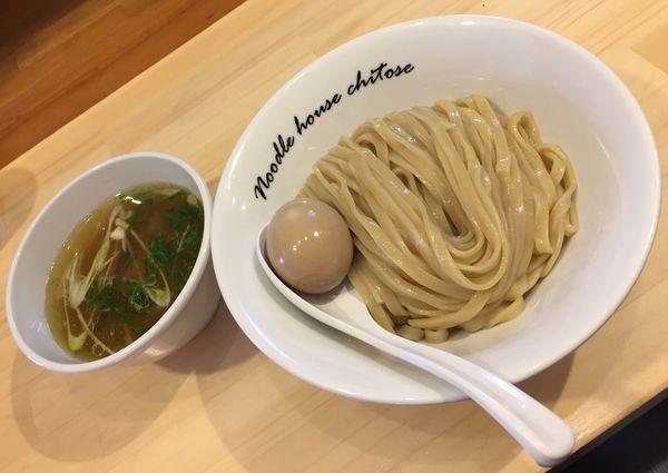 「【期間限定】塩つけ麺煮玉子」@麺庵ちとせの写真