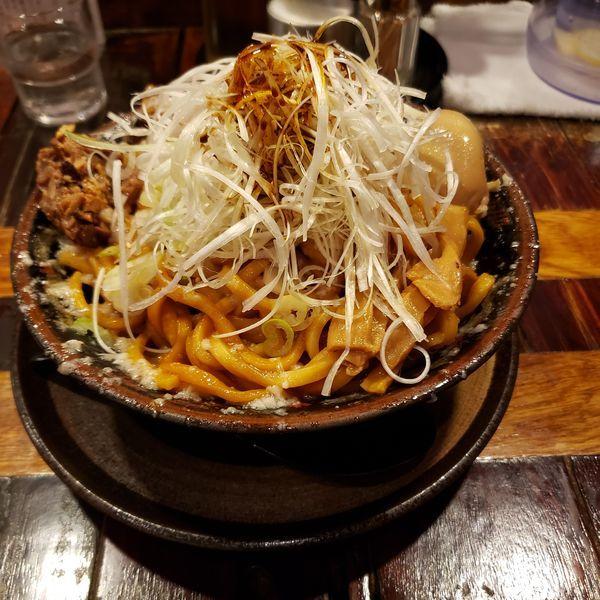 「爆盛油脂麺+ネギ」@らーめん 平太周 味庵の写真