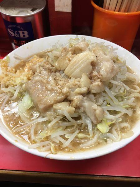 「小ラーメン  麺硬め  ニンニク多め  アブラ カラメ」@ラーメン二郎 三田本店の写真