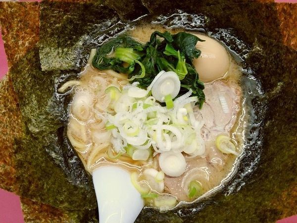 「のりラーメン+味玉」@鹿島家 大森店の写真