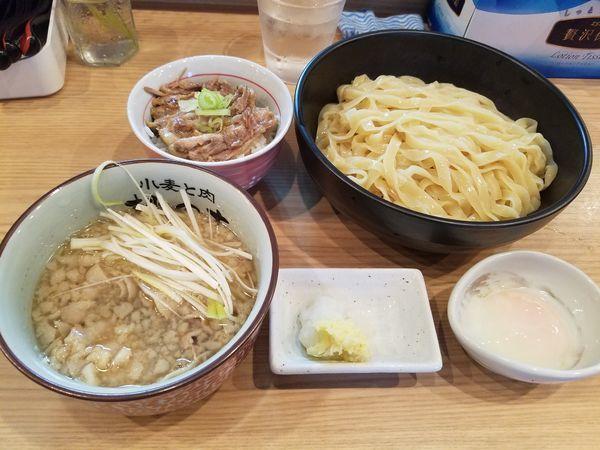 「こってり昆布醤油つけ麺+ミニテール丼¥1000+玉子¥50」@小麦と肉 桃の木の写真