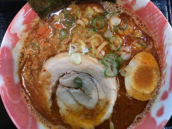 「濃厚海老味噌らーめん赤 842円」@麺や 赤龍の写真