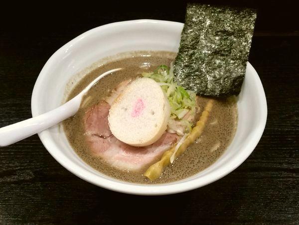 「濃い煮干し醤油」@らぁ麺 cloverの写真